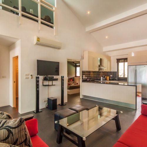 Livingroom & Kitchen 2