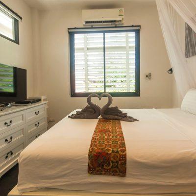 J201 Bedroom 1 2