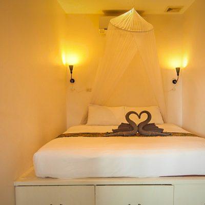 J201 Bedroom 2
