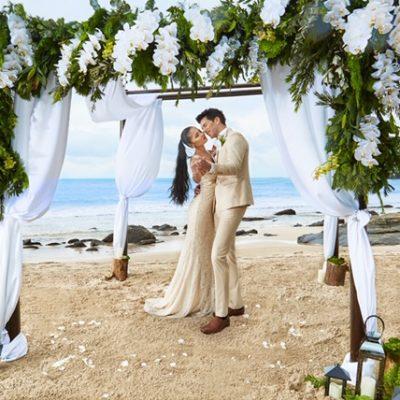 New-Wedding-Photo-Classic-Romance-1